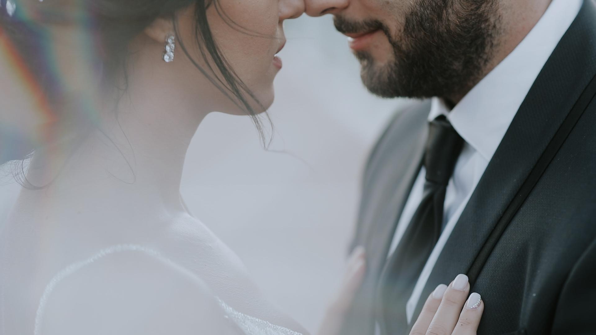 FILM.00_01_37_17.Immagine006 Romantic Wedding